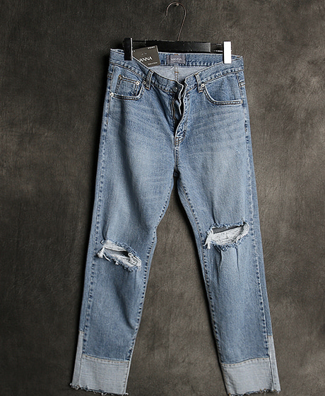 P-7604HEM COLOR SCHEME PANTS밑단 배색 팬츠Color : 1 colorMaterial : denim