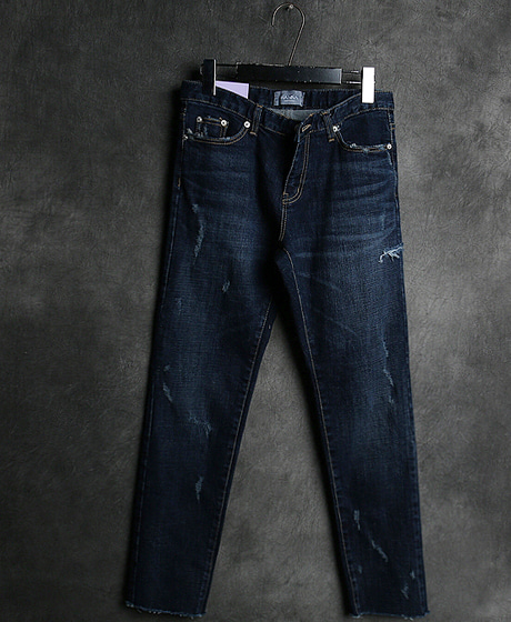 P-8258DAMAGED DENIM PANTS데미지 데님 팬츠Color : 1 colorMaterial : denim