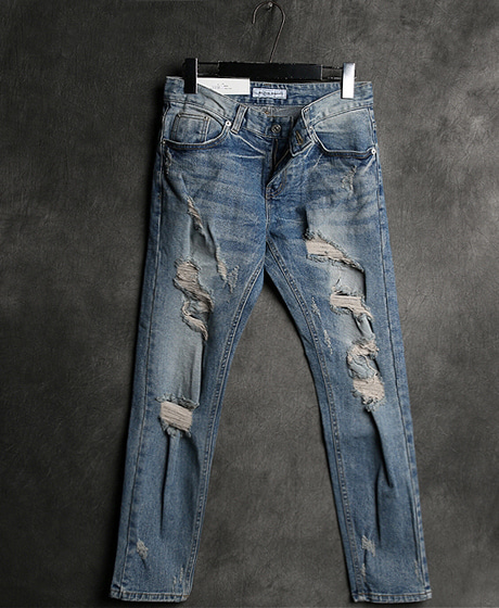 P-5670DAMAGED SLIM DENIM PANTSColor : 1 colorMaterial : cotton/ella