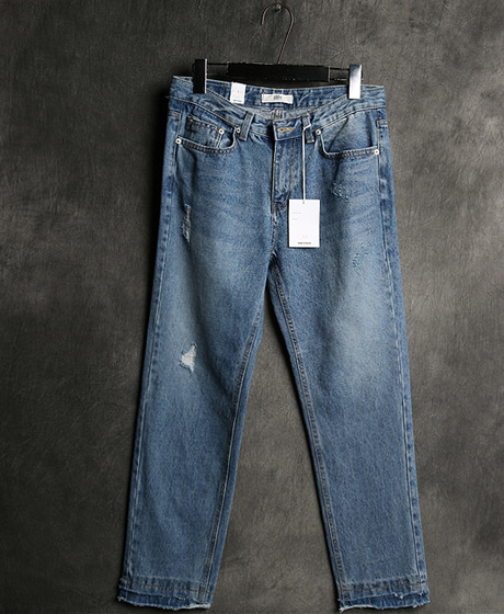 P-5899DAMAGED WASHING DENIM PANTSColor : 1 colorMaterial : denim