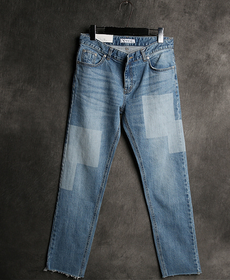 P-6094COLOR SCHEME DENIM PANTSColor : 1 colorMaterial : cotton