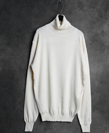 T-10846BASIC POLO NECK KNIT베이직 폴로넥 니트Color : 3 colorMaterial : sweater