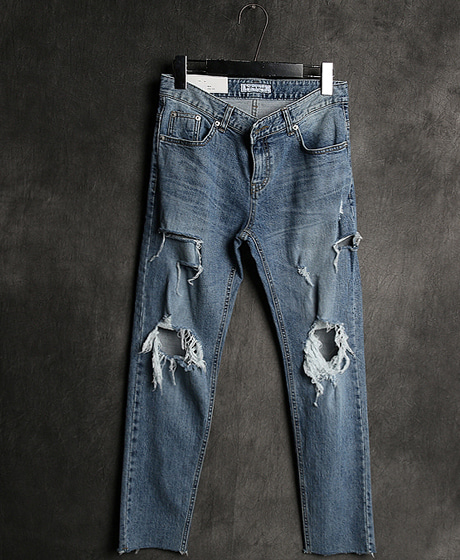 P-7136DAMAGED PATTERN DENIM PANTS데미지 패턴 데님 팬츠Color : 1 colorMaterial : denim