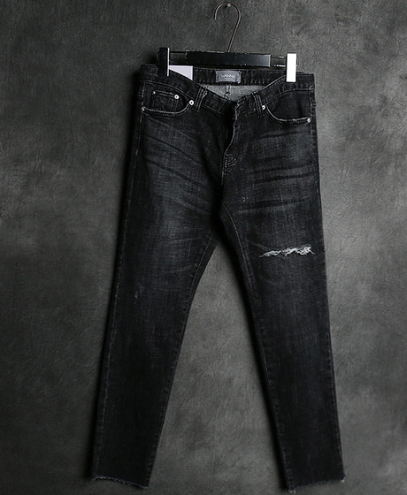 P-8259DAMAGED DENIM PANTS데미지 데님 팬츠Color : 1 colorMaterial : denim